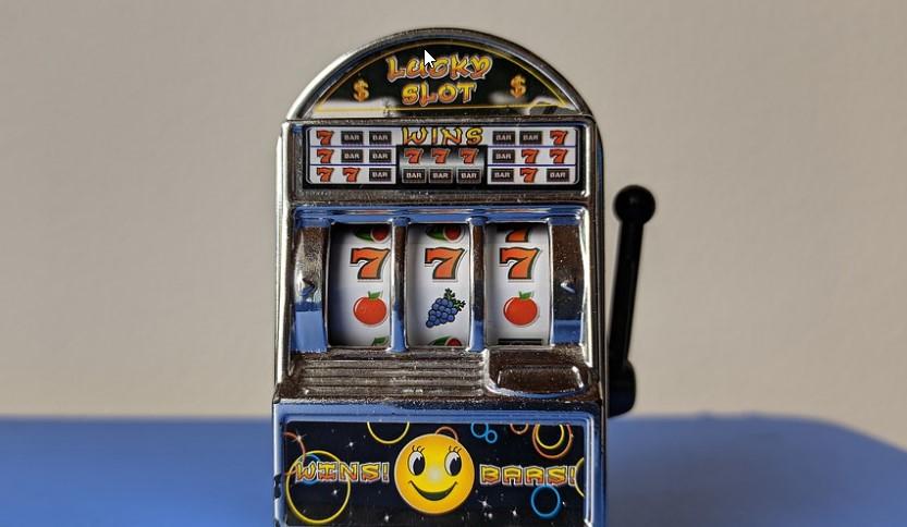 Slot Symbols: Standard, Scatter and Wild Slot Symbols